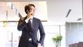 ビジネスマン スマートフォン ビジネスの動画 43471484