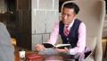 ビジネスマン オフィス 商談 ビジネス イメージ 43477626