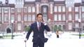ミドルビジネスマン 出張 東京駅 ビジネスイメージ 43536162