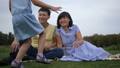 ファミリー 家族 アジア人の動画 43873982