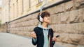 女性 ヘッドフォン ミュージックの動画 44225672