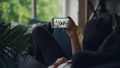スマホ スマートフォン 会話の動画 44274587