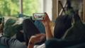 スマホ スマートフォン 会話の動画 44274588