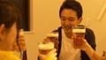 与啤酒派对敬酒 44283252