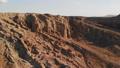 砂岩の地層と砂漠 ドローン空撮映像 44342399