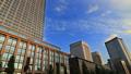 東京トワイライト 丸の内オフィス街 夕暮れ タイムラプス ズームアウト 44393541