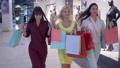 女性 メス ショッピングの動画 44434066
