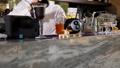 バーテン バーテンダー カクテルの動画 44474642