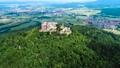 城堡 山峰 景色 44476518