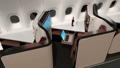 個室型ビジネスクラススイート。トレイテーブルが収納され、リクライニングシートがフルフラットになる 44488595