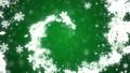 クリスマス グリーン背景にリースの螺旋 44489546