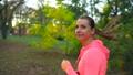 ジョギング 女 女性の動画 44833062