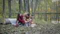 ピクニック ファミリー 家族の動画 44953154