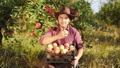 農業 農耕 農夫の動画 45044067