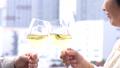 シニア夫婦 旅行 ワイン  ライフスタイルイメージ 45186718