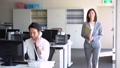 オフィス ビジネスマン ビジネスウーマンの動画 46338159