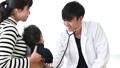 小児科 ドクター 診察 46384909