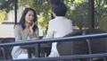中間女性餐館多士旅行圖像 46415676