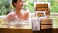 露天浴中間高級女子溫泉旅遊形象 46425122