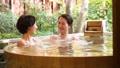露天浴母親和女兒父母和孩子溫泉旅行圖像 46425126