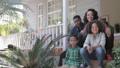 ポートレート ファミリー 家庭の動画 46485265