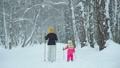 ウィンター 冬 おかあさんの動画 46500863