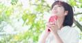 携帯電話 携帯 イヤホンの動画 46688000