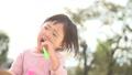 子供 公園 遊ぶの動画 46859255