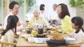 多代家庭聚會形象 47094352