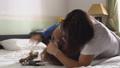 兄弟 パジャマ 格闘の動画 47192294