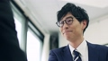 악수, 손, 잡는 협상 성립, 비즈니스, 이미지, 일본, 실내, 사무실, 일, 비지니스, 자연광, 47248018