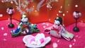 Hinamatsuri圖像Hina娃娃和跳舞的花瓣 47353636