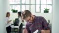 男性 オフィス ビジネスの動画 47576341