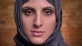 ポートレート 女性 ヒジャブの動画 47592577