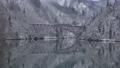 雪景色の第一只見川橋梁を走る只見線 47689185