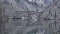 雪景色の第一只見川橋梁を走る只見線 47689186