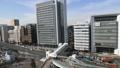 日中の新横浜駅前 タイムラプス 俯瞰 47754838