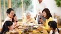 吃表表圖像的家庭三一代家庭 47822455
