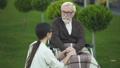 老化 高齢化 介助の動画 47995746