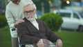 老化 高齢化 介助の動画 47995747