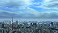 東京風景東京鐵塔,東京灣覆蓋天空流動時間流逝的雲彩傾斜下來 48000274
