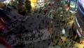 《東京都》渋谷駅前スクランブル交差点・夜景《タイムラプス・ズームアウト》 48128833