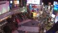 《東京都》渋谷駅前スクランブル交差点・夜景《タイムラプス・ズームアップ》 48128836
