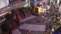 《東京都》渋谷駅前スクランブル交差点・夜景《タイムラプス・ズームアウト》 48128837