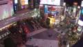 《東京都》渋谷駅前スクランブル交差点・夜景《タイムラプス・パン》 48128838