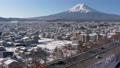富士吉田和富士山的雪景(麵包) 48230882