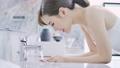 卫生间 浴室 美女 48355727