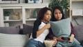 友達 女性 女性達の動画 48837363