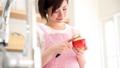 Apple peeling kitchen ladies housewife 48891945