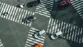 标牌智能手机的纵向材料东京延时银座寿光桥交叉口汽车和人流的流动 48916695